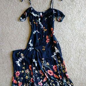 Maxi floral printed dress
